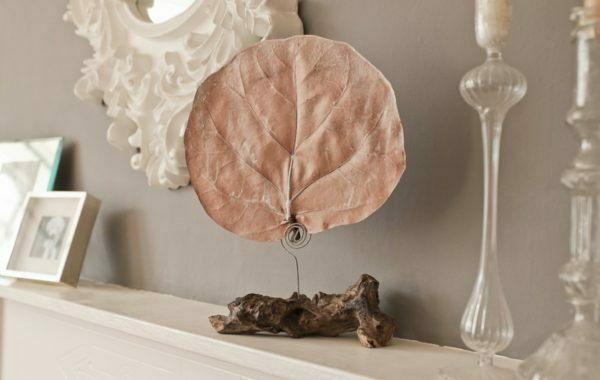 PAIRFUM fragranced botanical leaf diffuser natural driftwood stand