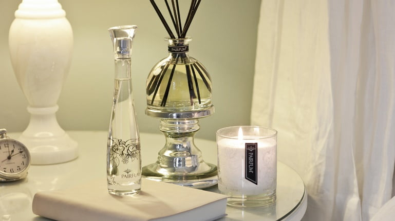 Perfume Candle Holder or Reed Diffuser Pedestal - Classic