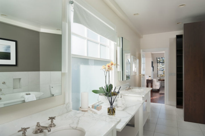 White linen tower bathroom