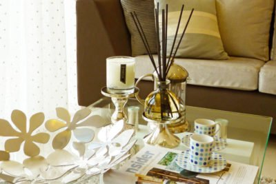 PAIRFUM Perfume Candle & Reed Diffuser on Coffee Table in Livingroom