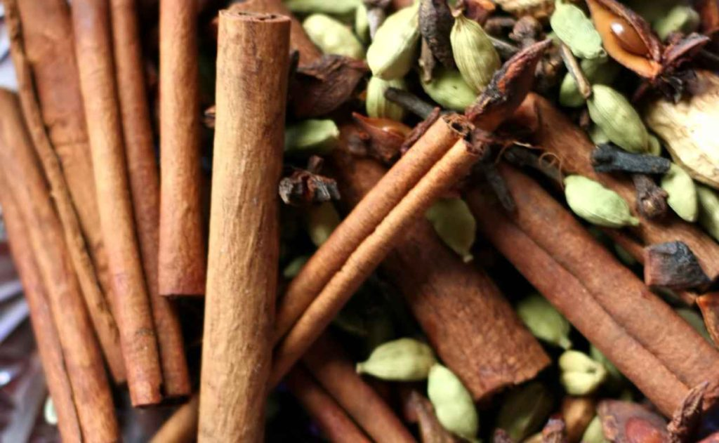 PAIRFUM cinnamon cardamom star anise home fragrance perfume