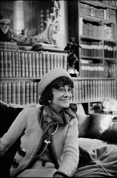 Mademoiselle Chanel in her apartment 31 rue Cambon by Cartier Bresson - Chanel Fragrance House