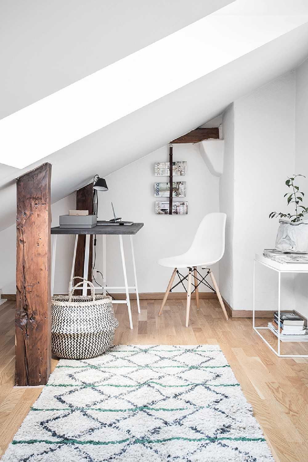 Wood Accents Scandinavian Apartment Beam