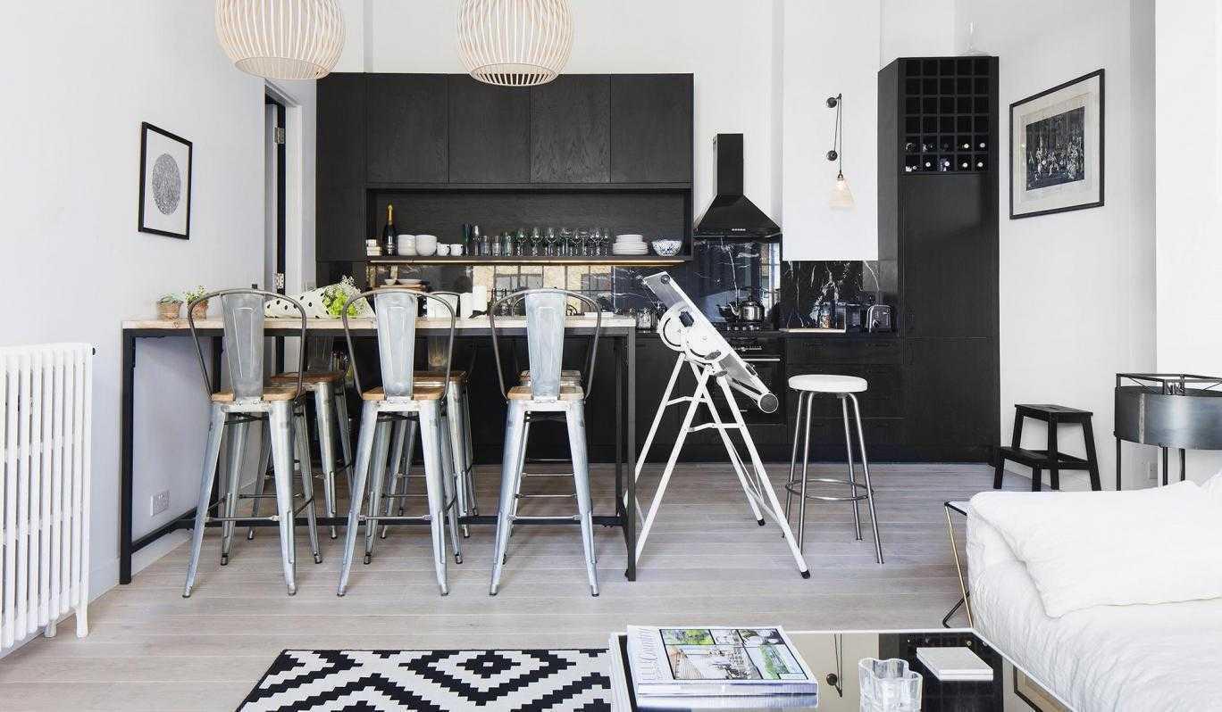 Home Design In Black White Kitchen