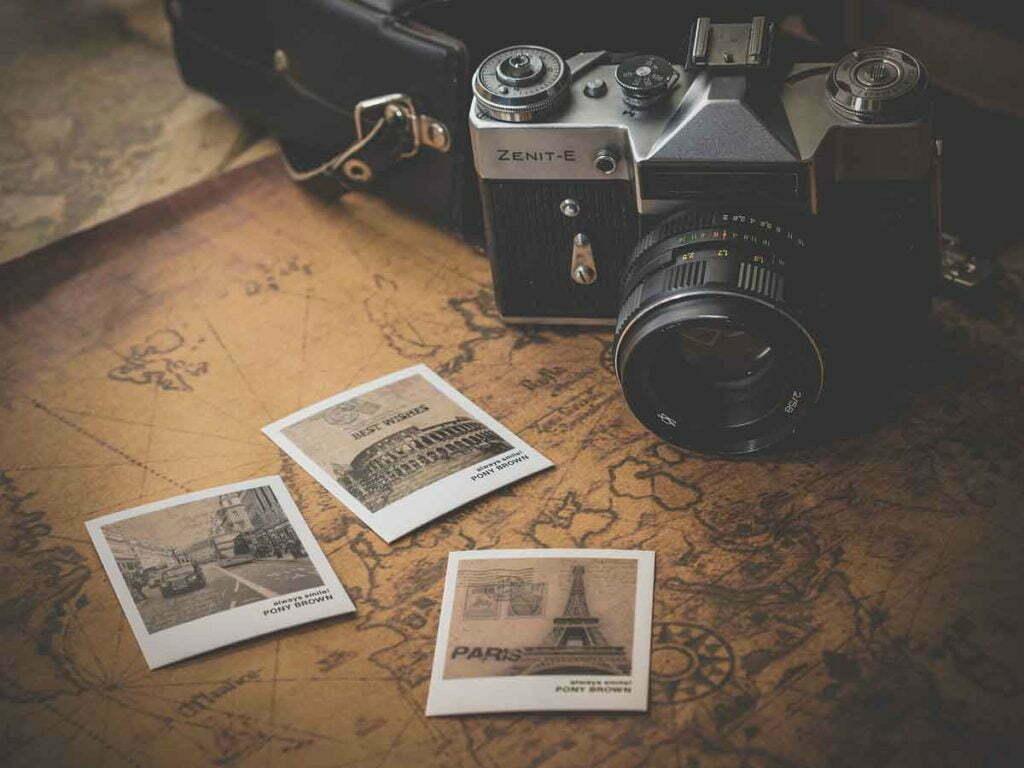 make-your-living-room-instantly-retro-camera