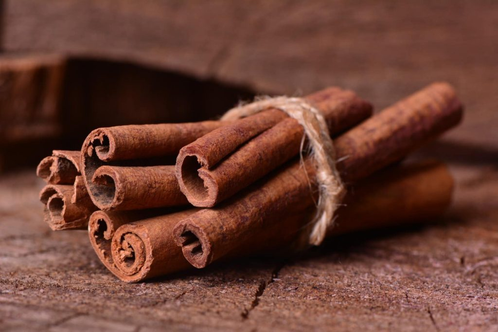 Bundle Cinnamon Candles Sticks