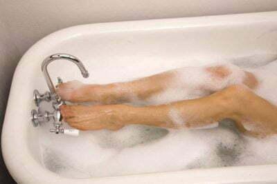 Bubble Sulfate Wash Leg Bath