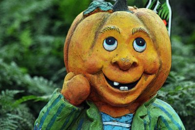 Smiling Pumpkin Man 1