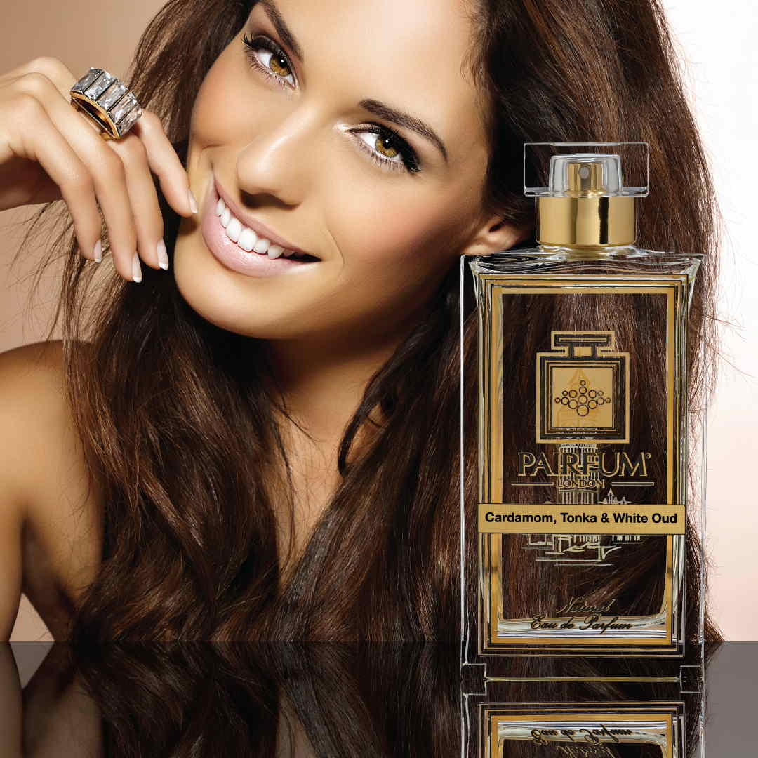 Eau De Parfum Person Reflection Cardamom Tonka White Oud Woman Smile 1 1