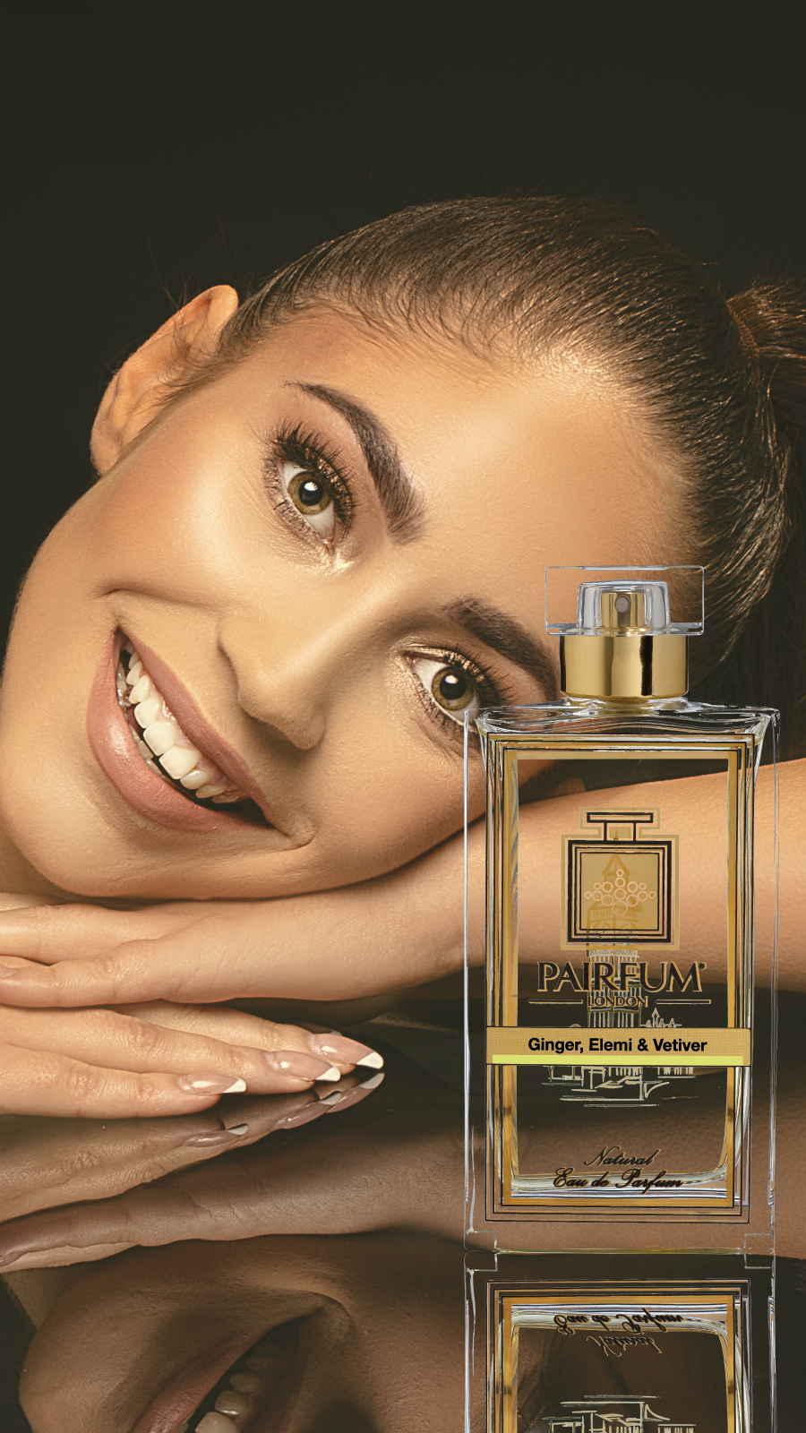 Eau De Parfum Person Reflection Ginger Elemi Vetiver Woman Smile 9 16