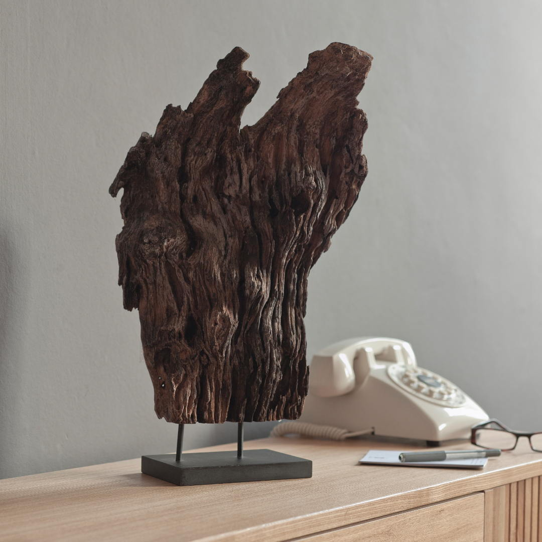Lifestyle Hallway Driftwood Perfume Art Niche 1 1