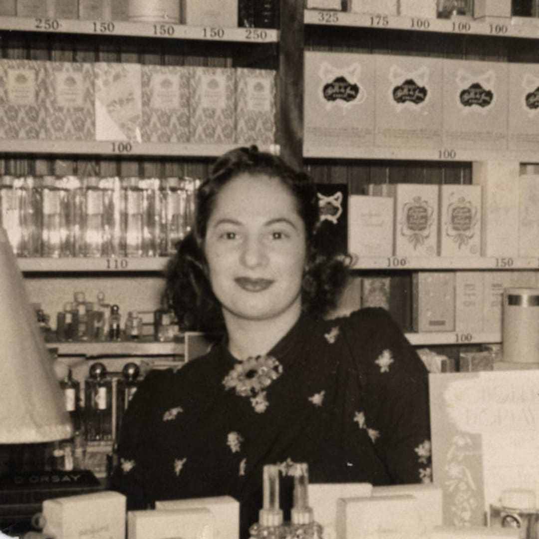 History Of Perfume 1940s Perfume Female Shop Assistant 1 1