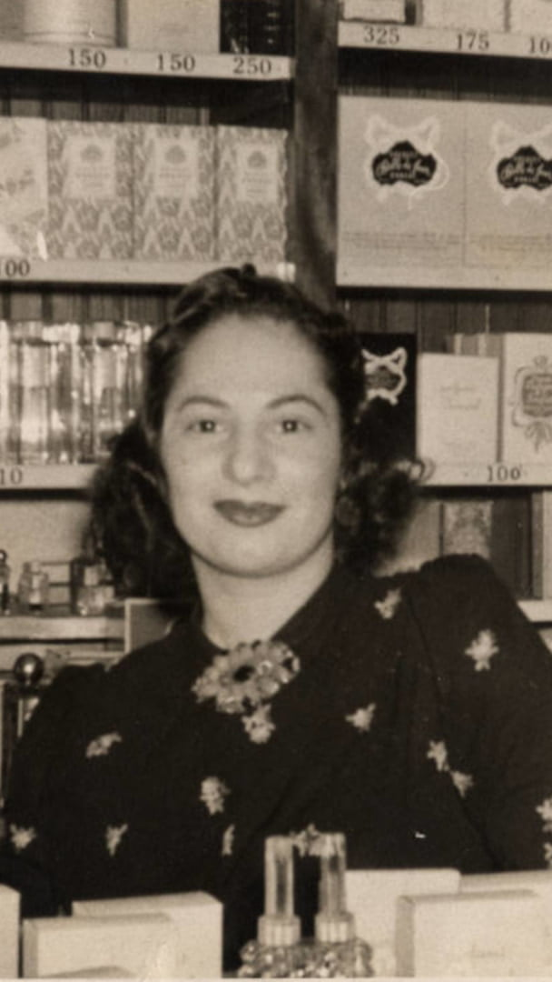 History Of Perfume 1940s Perfume Female Shop Assistant 9 16